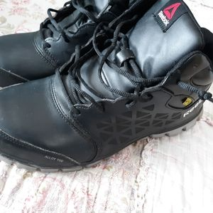 EUC Reebok Steel Toe Shoes Mens 10W /Womens 12W